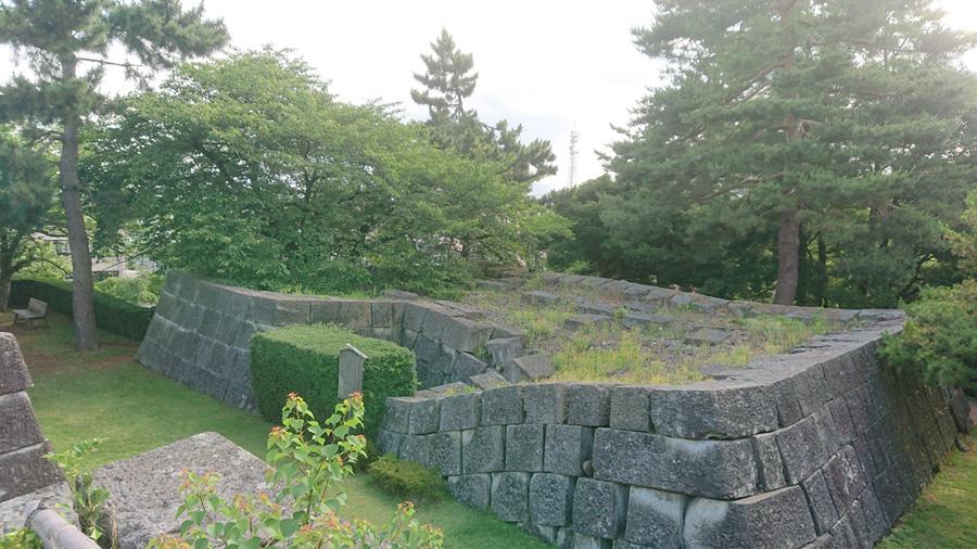 福井城天守台石垣
